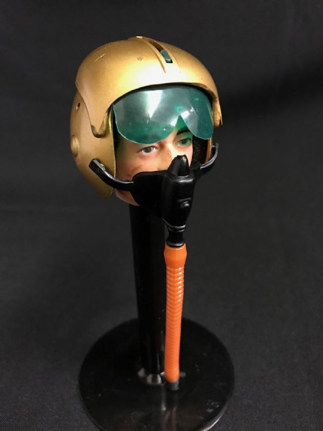 ELITE BRIGADE - Helmet: Gold Pilot with Oxygen Mask & Hose - to fit Action Man Gi Joe